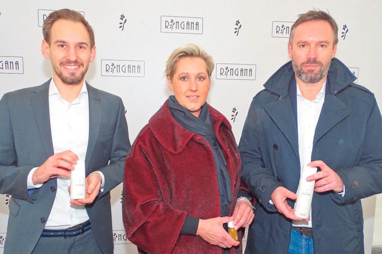 (v.r.:) Firmengründer Andreas Wilfinger mit Partnerin Prok. Ulla Wannemacher sowie Prok. Michael Wannemacher.