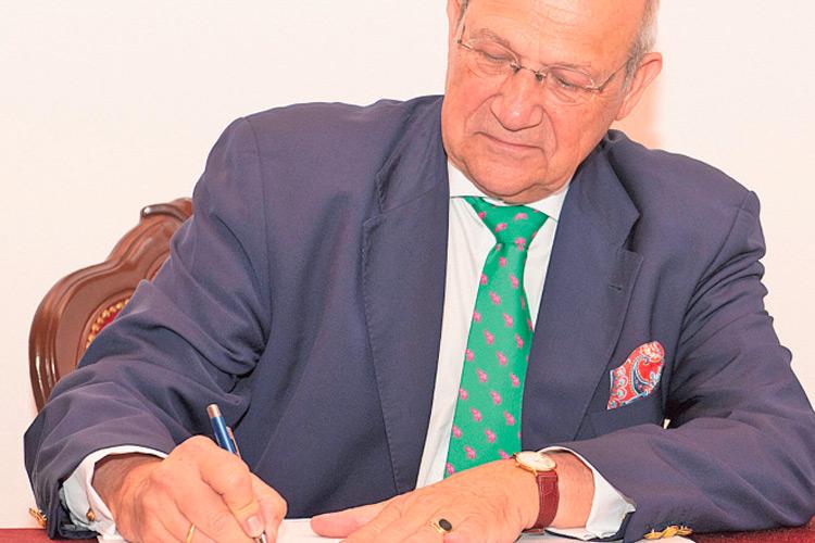Konsul Mag. Andreas Graf von Bardeau.
