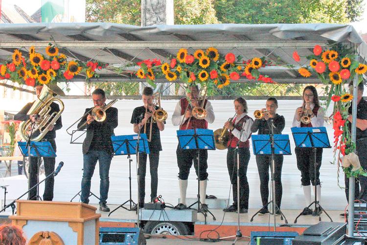 Ein buntes Programm wird in Mureck auch heuer wieder im Rahmen des Stadtfestes auf fünf Bühnen und an zahlreichen Standl´n geboten.
