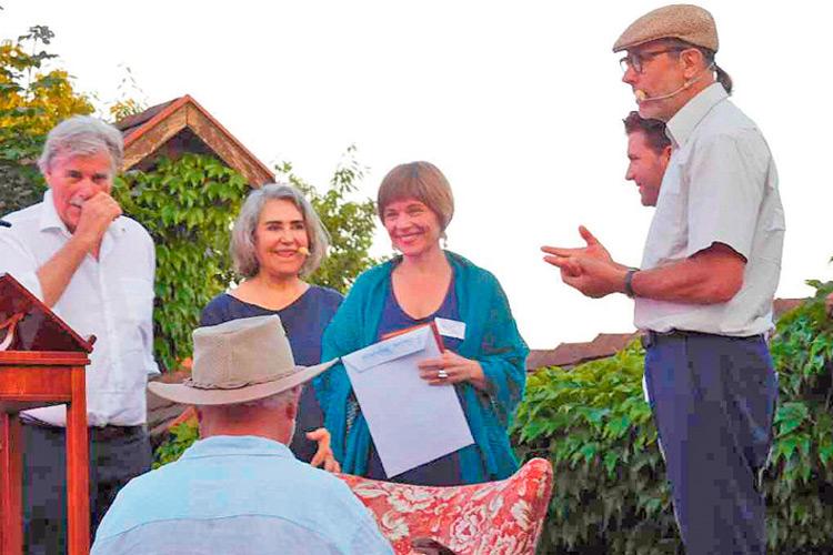 """Literatin Sabine mit Peter Simonischek, Brigitte Karner und """"Sonni""""."""