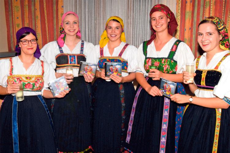 """Die CD mit kroatischen Volksliedern von """"Stinjacko Kolo"""" wurde kürzlich präsentiert."""